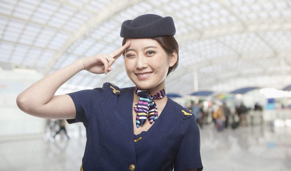 พนักงานต้อนรับบนเครื่องบิน สจ๊วต อาชีพในฝัน แนะแนวการศึกษา แอร์โฮสเตส