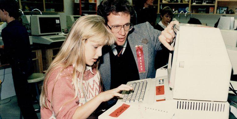 ปี 1985