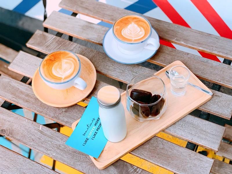 ANYWHERE Quote Cafe คาเฟ่น่ารัก ร้านนั่งชิล ร้านน่านั่งย่านอารีย์