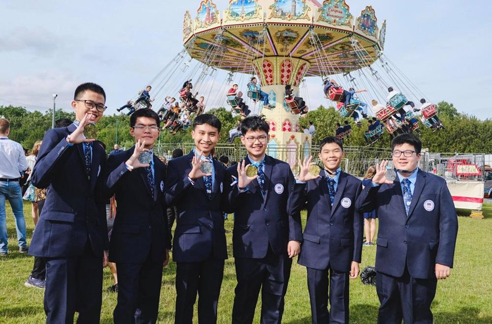 6 เด็กไทย คว้ารางวัล คณิตโอลิมปิก ระดับโลก