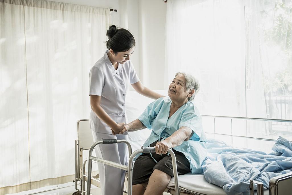 ค่าเทอม คณะพยาบาลศาสตร์ จากสถาบันต่าง ๆ