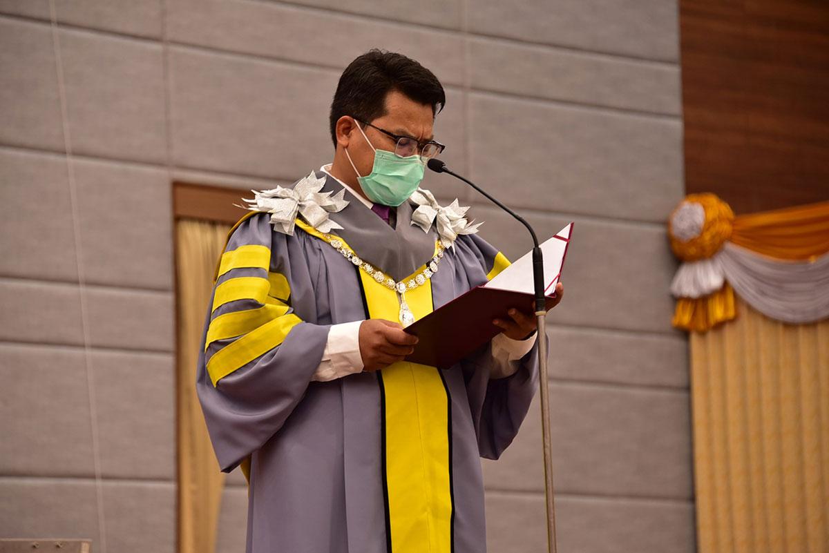 รองศาสตราจารย์ ดร.ประยุกต์ ศรีวิไล